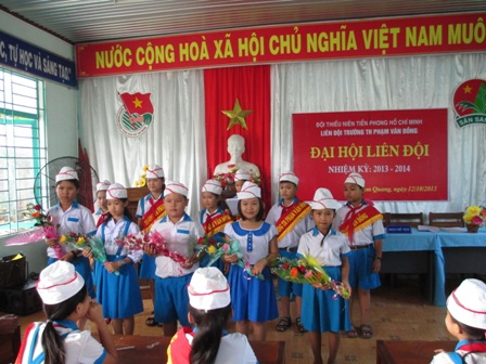 Đại hội Liên đội trường TH Phạm Văn Đồng